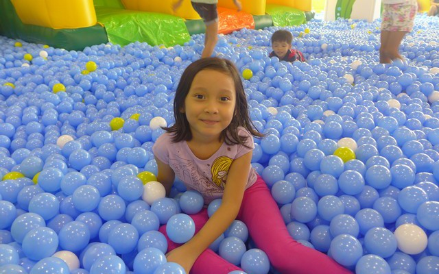 Let Kids Play in Kidzoona Nuvali
